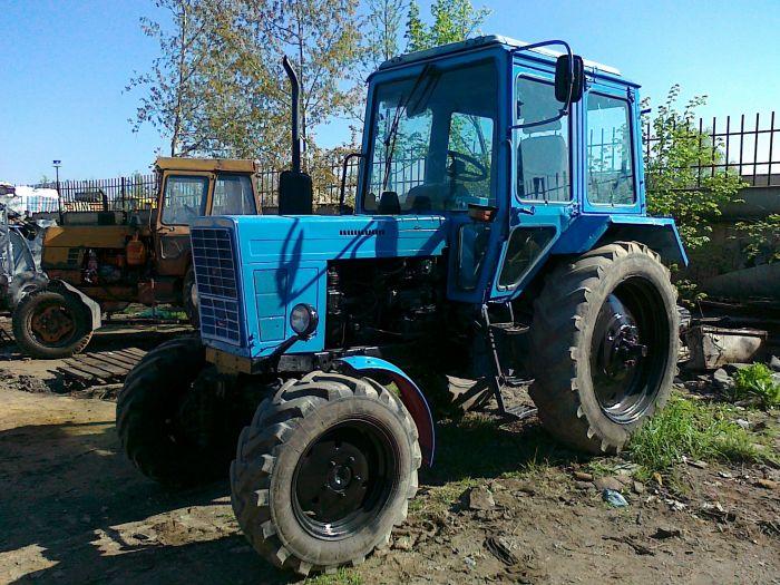 Трактор МТЗ (MTZ) 82.